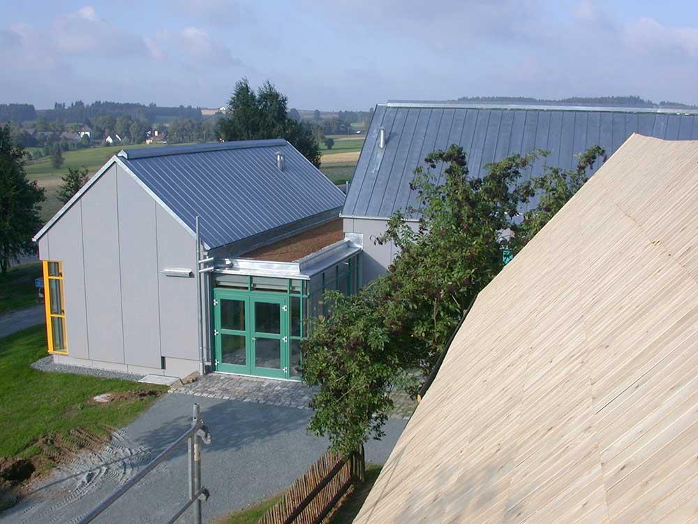 Das Eingangsgebäude